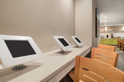 Business Center | Country Inn & Suites by Radisson, Duluth North, MN