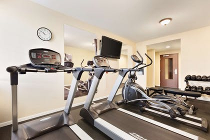 Fitness Center | Country Inn & Suites by Radisson, Eagan, MN