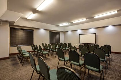 Meeting Room   Country Inn & Suites by Radisson, Red Wing, MN