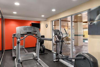Fitness Center | Country Inn & Suites by Radisson, Rochester South, MN
