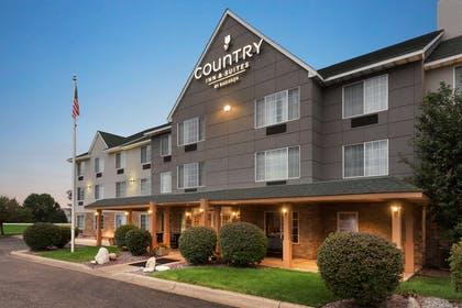 Hotel Exterior | Country Inn & Suites by Radisson, Minneapolis/Shakopee, MN