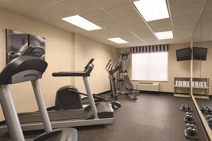 Fitness Center | Country Inn & Suites by Radisson, Shoreview, MN