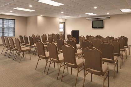 Meeting Room | Country Inn & Suites by Radisson, Shoreview, MN