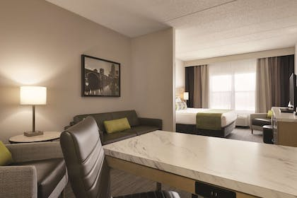 Premium Studio Suite-King Bed | Country Inn & Suites by Radisson, Shoreview, MN