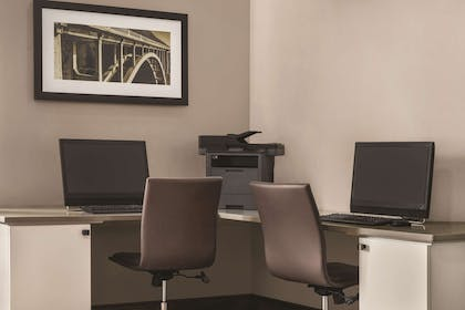 Business Center   Country Inn & Suites by Radisson, Woodbury, MN