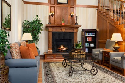Lobby | Country Inn & Suites by Radisson, Columbia, MO