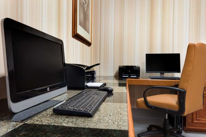 Business Center | Country Inn & Suites by Radisson, Columbia, MO