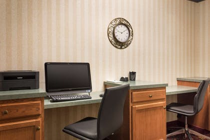 Business Center | Country Inn & Suites by Radisson, St. Charles, MO