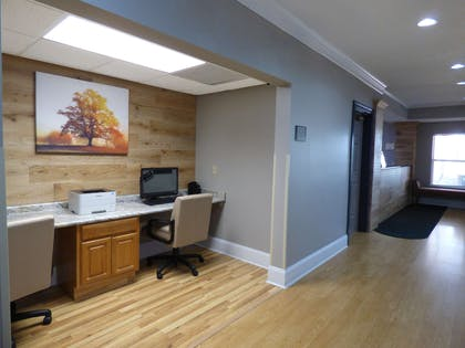 Business Center | Country Inn & Suites by Radisson, Biloxi-Ocean Springs, MS