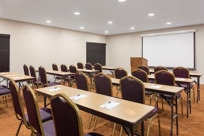 Meeting Room | Country Inn & Suites by Radisson, Jackson-Airport, MS