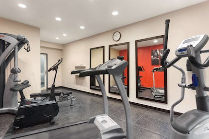 Fitness Center | Country Inn & Suites by Radisson, Jackson-Airport, MS