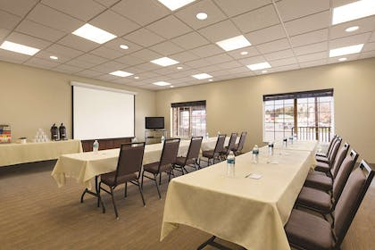 Meeting Room | Country Inn & Suites by Radisson, Billings, MT