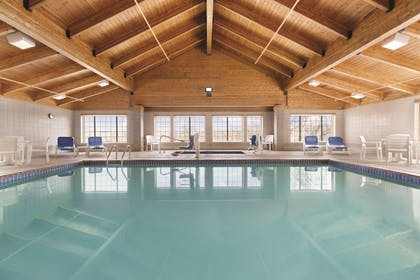 Pool | Country Inn & Suites by Radisson, Billings, MT