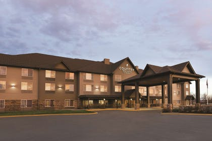 Exterior | Country Inn & Suites by Radisson, Billings, MT