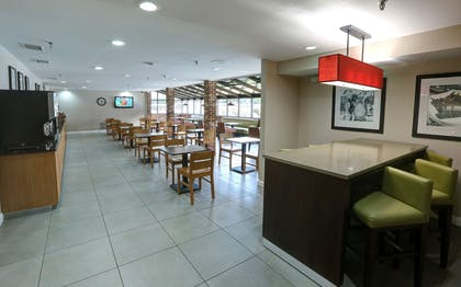 Breakfast Room | Country Inn & Suites by Radisson, Charlotte I-85 Airport, NC