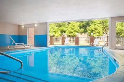 Pool   Country Inn & Suites by Radisson, Charlotte University Place, NC