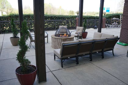 Fire Pit Pergola   Country Inn & Suites by Radisson, Lake Norman Huntersville, NC