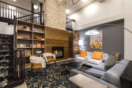 Lobby   Country Inn & Suites by Radisson, Lake Norman Huntersville, NC