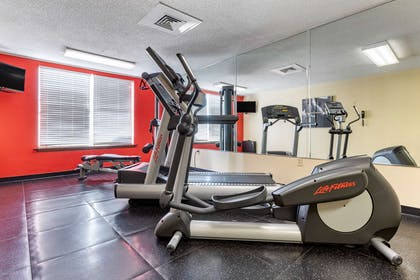 Fitness Center | Country Inn & Suites by Radisson, Lumberton, NC