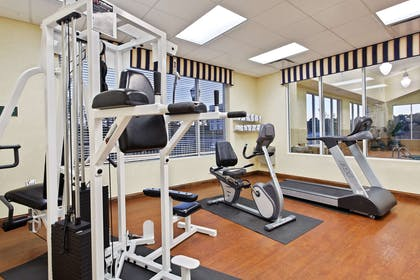 Fitness Room   Country Inn & Suites by Radisson, Wilson, NC