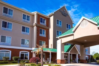 Hotel Exterior   Country Inn & Suites by Radisson, Wilson, NC