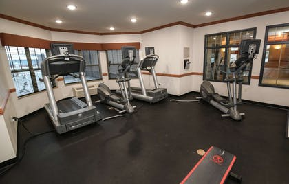Fitness Center   Country Inn & Suites by Radisson, Grand Forks, ND