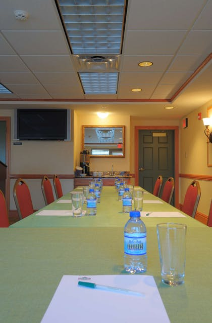 Meeting Room   Country Inn & Suites by Radisson, Grand Forks, ND