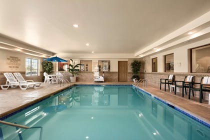 Pool | Country Inn & Suites by Radisson, Minot, ND