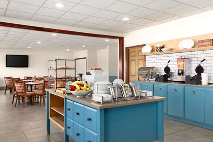 Breakfast Room | Country Inn & Suites by Radisson, Kearney, NE