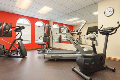 Fitness Center | Country Inn & Suites by Radisson, Lincoln North Hotel and Conference C