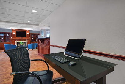 Business Center | Country Inn & Suites by Radisson, Rochester-University Area, NY