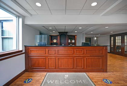 Front Desk | Country Inn & Suites by Radisson, Rochester-University Area, NY