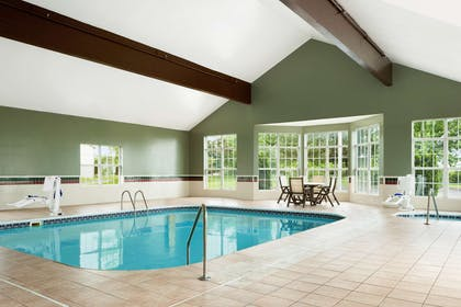 Pool   Country Inn & Suites by Radisson, Columbus West, OH