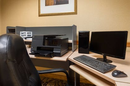 Business Center | Country Inn & Suites by Radisson, Cuyahoga Falls, OH