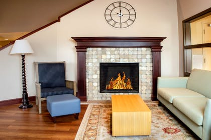 Living Room with Fireplace | Country Inn & Suites by Radisson, Dayton South, OH