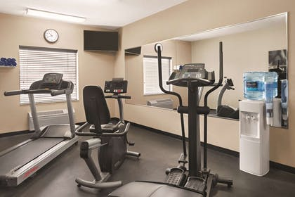 Fitness Center | Country Inn & Suites by Radisson, Dayton South, OH