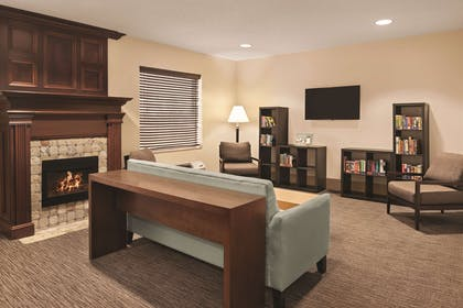 Lobby | Country Inn & Suites by Radisson, Dayton South, OH