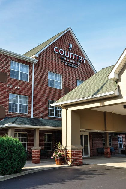 Hotel Exterior | Country Inn & Suites by Radisson, Fairborn South, OH