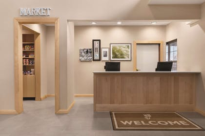 Front Desk | Country Inn & Suites by Radisson, Fairborn South, OH