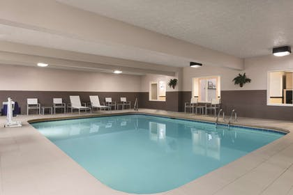 Pool | Country Inn & Suites by Radisson, Fairborn South, OH