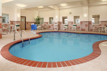 Pool | Country Inn & Suites by Radisson, Findlay, OH