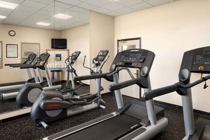Fitness Center | Country Inn & Suites by Radisson, Findlay, OH
