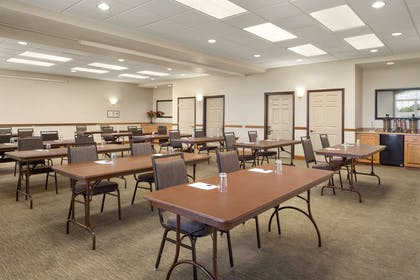 Meeting Room | Country Inn & Suites by Radisson, Findlay, OH
