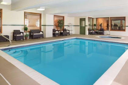 Pool | Country Inn & Suites by Radisson, Macedonia, OH