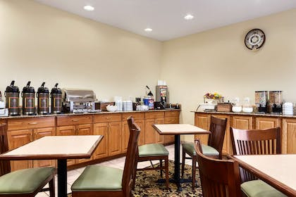 Breakfast Room   Country Inn & Suites by Radisson, Marion, OH