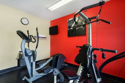 Fitness Center   Country Inn & Suites by Radisson, Marion, OH