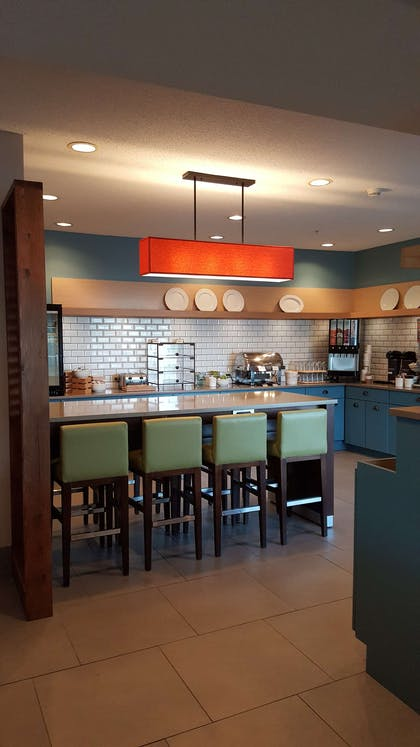 Breakfast Room | Country Inn & Suites by Radisson, Springfield, OH