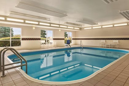 Pool | Country Inn & Suites by Radisson, Springfield, OH