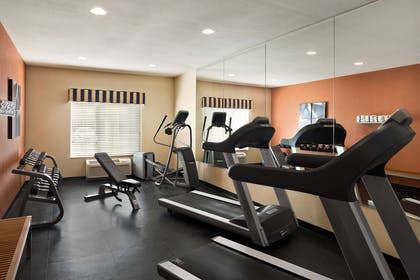 Fitness Center   Country Inn & Suites by Radisson, Toledo, OH