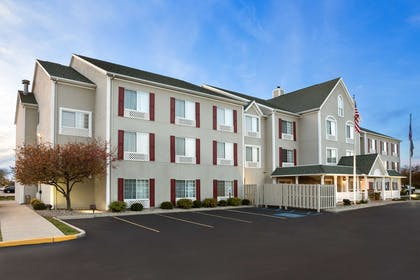 Exterior   Country Inn & Suites by Radisson, Toledo, OH